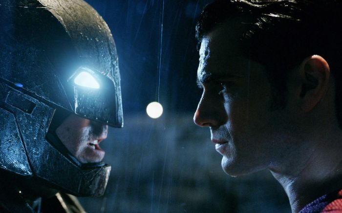 batman-v-superman-dawn-of-justice-brings-in-a-super-box-office-weekend-for-warner-bros-908642